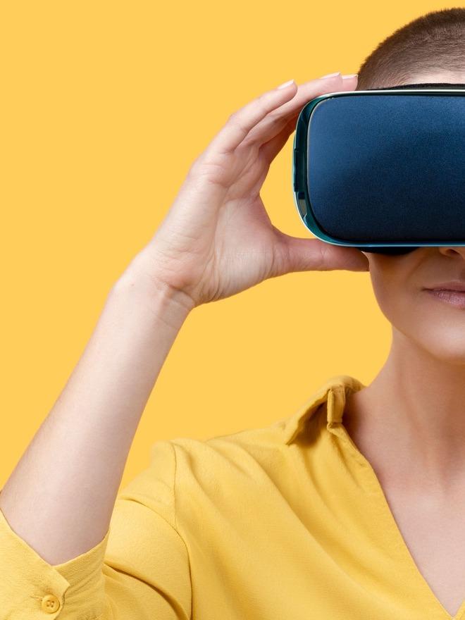 注目の技術「VR(仮想現実)」と「AR(拡張現実)」の違いって何?